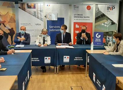 Lutte contre les violences sexuelles et sexistes : un nouveau dispositif collaboratif à Grenoble